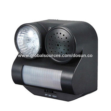 Pest-Control-PIR-Motion-Activated-Sound-Light